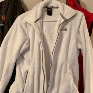 white north face fuzzy jacket